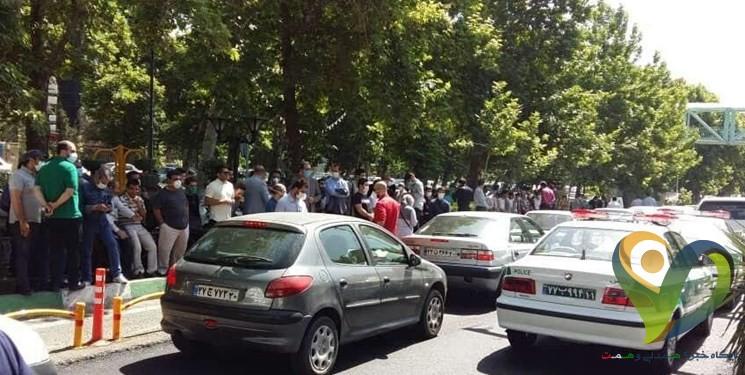 ماجرای تجمع مقابل بانک مرکزی از زبان نماینده معترضان/ صادرکننده متخلف بازداشت شده است